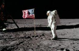 Apollo 11 - klasyczna pożywka dla teorii spiskowych
