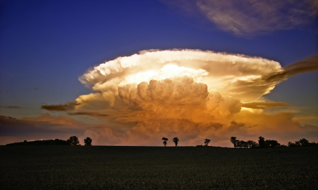 Cumulonimbus. Fot. Nicholas A. Tonelli/Flickr