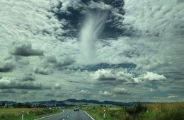 Chmura z dziurą czyli prześwit poopadowy