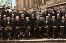 Najwięksi fizycy XX wieku na jednej fotografii