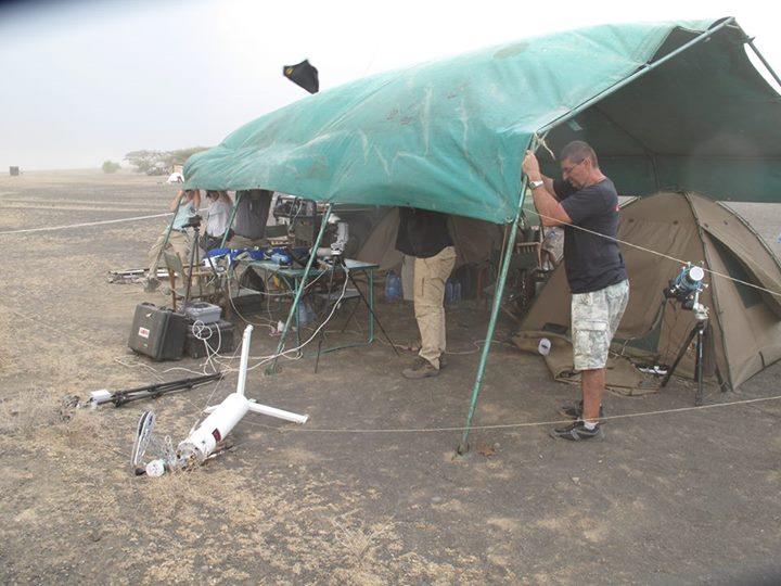 Burza piaskowa w obozie GLORIA