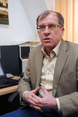 profesor Andrzej Królak z Instytutu Matematycznego PAN, szef polskiego zespołu. Fot. Jakub Ostalowski