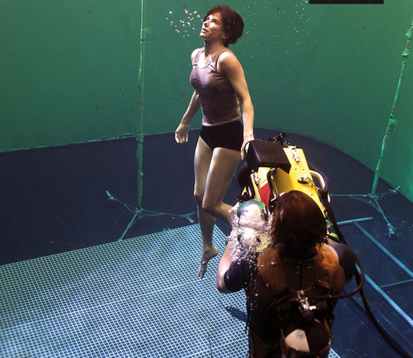 "Sandra Bullock na planie ""Grawitacji"". Fot. Warner Bros."