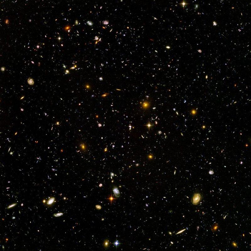 Ultragłębokie Pole Hubble'a. Fot. NASA/ESA