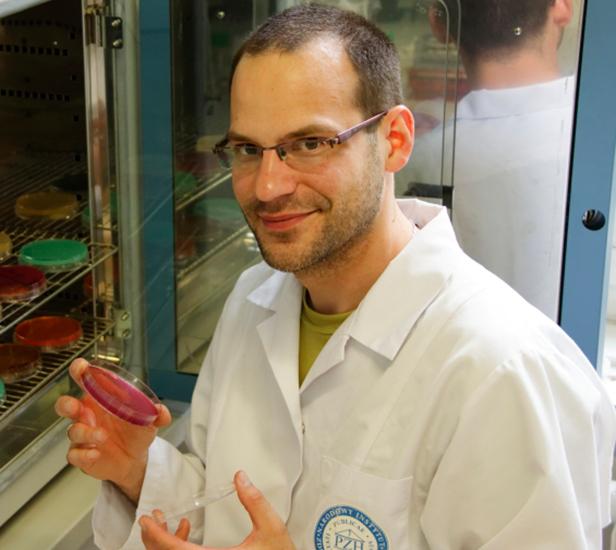 Tomasz Wołkowicz. Fot. MIT Technology Review