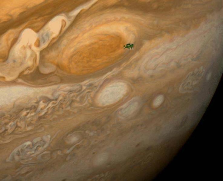 Wielka Czerwona Plama w porównaniu z Europą. Fot. NASA