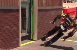 Porażki robotów. Fot. IEEE/YouTube