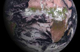 Pierwsze zdjęcie Ziemi zrobione przez nowego satelitę EUMETSAT. Fot. Eumetsat [KLIKNIJ, BY POWIĘKSZYĆ]