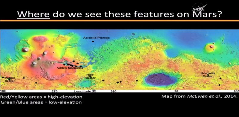 Miejsca, w których odkryto na Marsie ciekłą wodę oznaczono czarnymi kwadratami. Fot. NASA