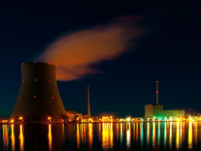 "Elektrownia atomowa ""Isar"". Fot. Bjoern Schwarz"
