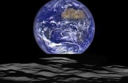 To najnowsze zdjęcie Ziemi i Księżyca, a nie fotomontaż