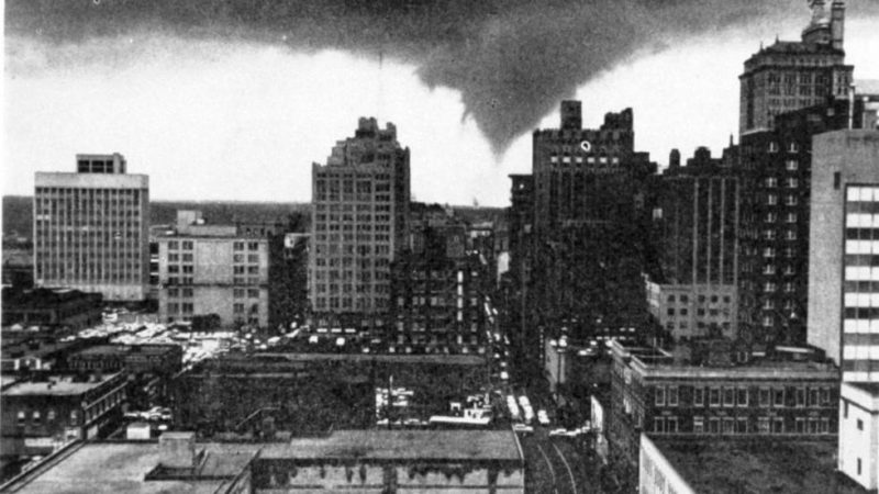 Tornado nad Dallas w 1950 roku. Źródło: Library of Congress