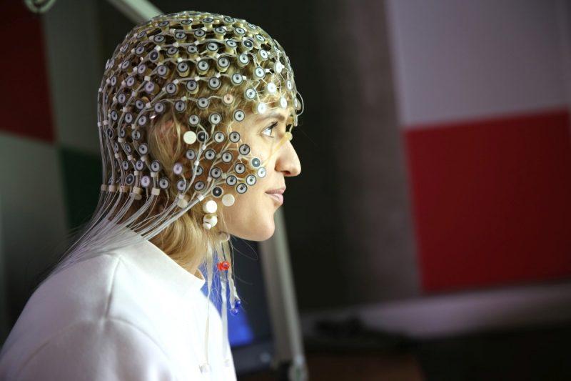 Badanie EEG podczas eksperymentu