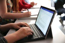 Odręczne notatki są lepsze od pisania na klawiaturze