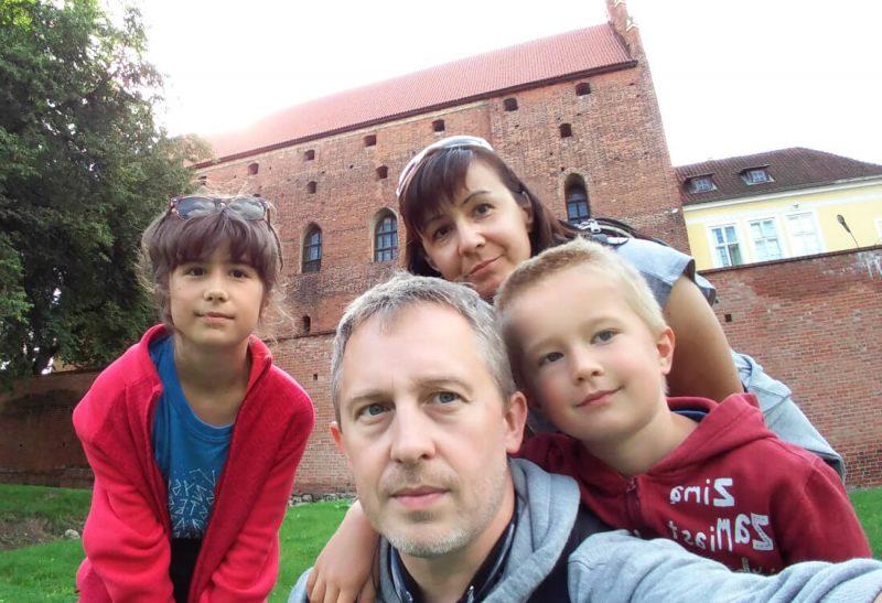 Zamek Kapituły Warmińskiej w Olsztynie to miejsce, które bardzo warto odwiedzić. Fot. Crazy Nauka