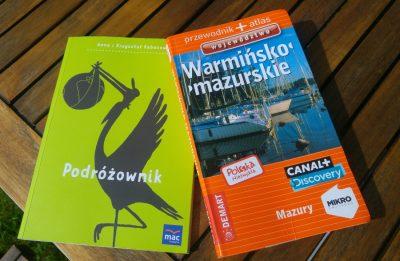 """""""Podróżownik"""" i przewodnik """"Polska nizwykła. Województwo warmińsko-mazurskie"""". Fot. Crazy Nauka"""