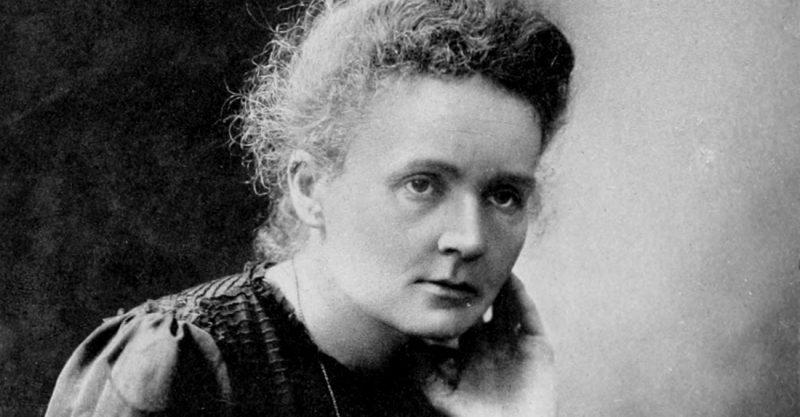 Maria Skłodowska-Curie w 1911 roku, zdjęcie zrobione z okazji przyznania jej drugiej nagrody Nobla. Źródło: Generalstabens Litografiska Anstalt Stockholm
