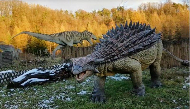 Dinozaury w JuraParku Bałtów. Fot. Crazy Nauka