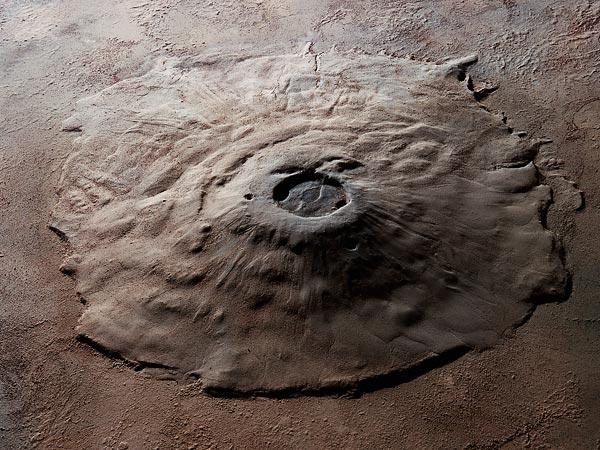 Olympus Mons na Marsie widziany z orbity. Fot. NASA/Corbis/Wikimedia