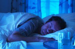 5 prostych naukowych sposobów na lepszy sen