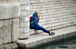 Dzieci surowych rodziców mogą gorzej radzić sobie w szkole