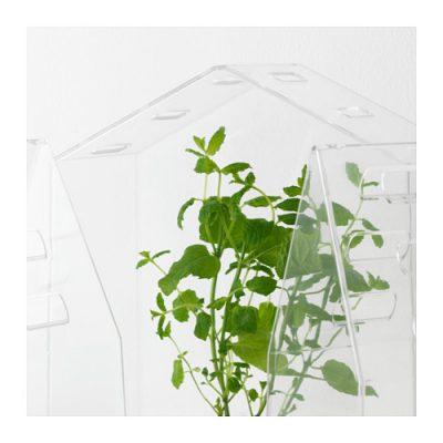 Miniaturowa szklarnia VINDRUVA Fot. IKEA
