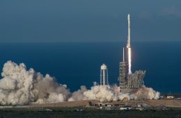 Falcon 9 znów wylądował – po raz pierwszy w historii udało się to używanej rakiecie!