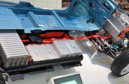 Nowe, trzykrotnie lepsze baterie ze szkła mogą uwolnić nas od ciągłego ładowania sprzętu