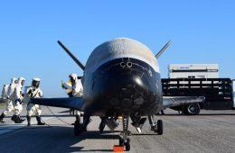 Tajny amerykański prom kosmiczny właśnie zakończył rekordową misję