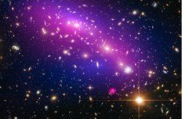 Twój smartfon poszuka ciemnej materii – dzięki polskim naukowcom