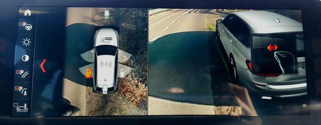 """Widok z """"drona"""" do parkowania"""