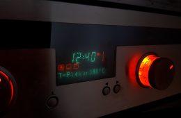 Europejskie zegary zgubiły 6 minut. Co się stało?