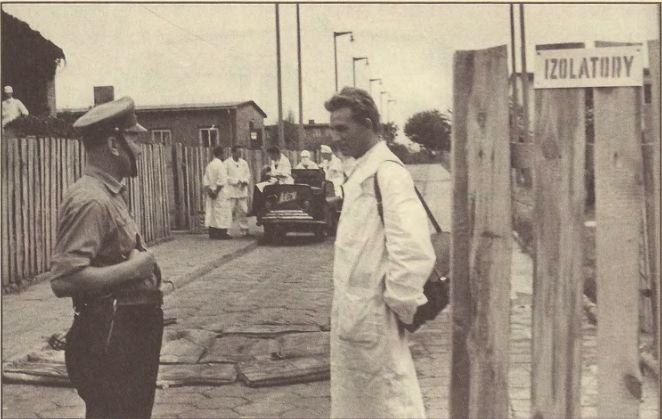 Wjazd do izolatorium. źródło: Grażyna Trzaskowska: Epidemia czernej ospy we Wrocławiu w 1963 roku.