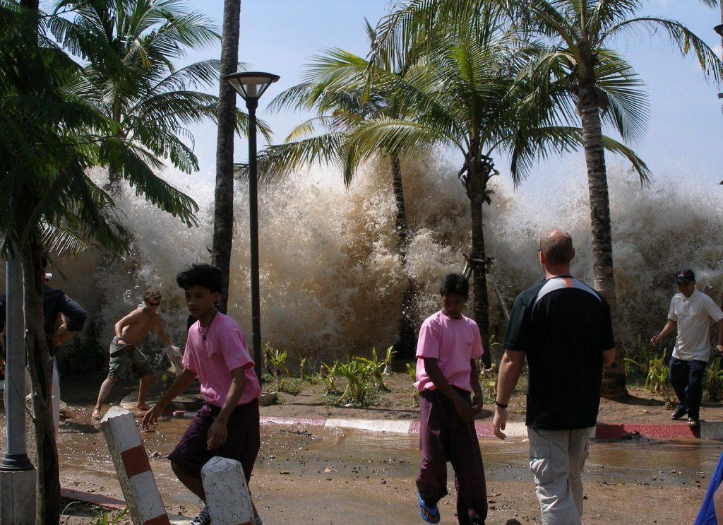 Tsunami z 2004 roku. Fot. David Rydevik/Wikimedia
