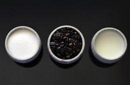 Dlaczego słodki smak maskuje gorzki? Na przykład w posłodzonej kawie