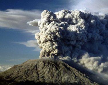 Erupcja Mount St. Helens z 1980 roku. Fot. Jack Smith