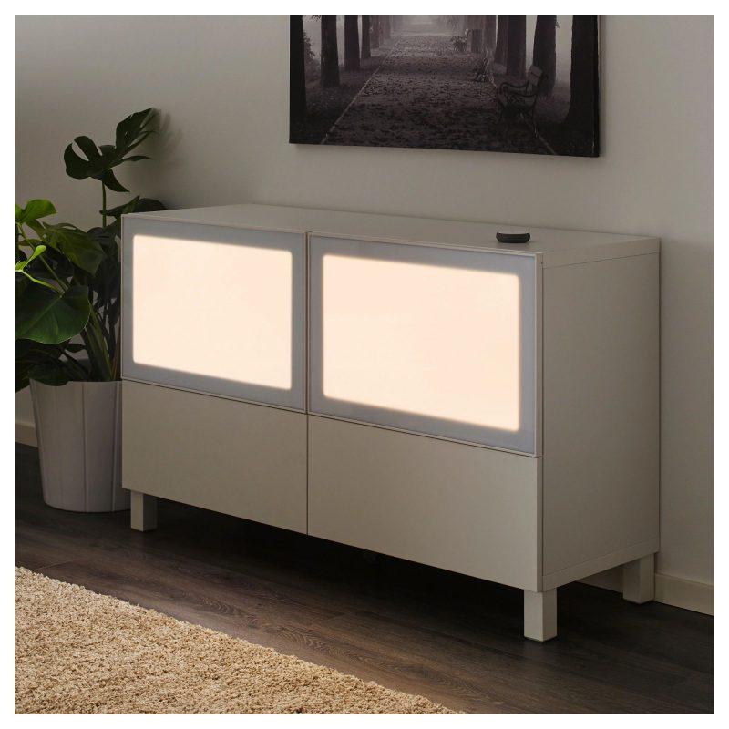 SURTE czyli świecące drzwiczki do szafki. Fajny pomysł Fot. IKEA