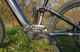 E-rower nie tylko dla leniwych? Sprawdzamy i przy okazji piszemy dlaczego rower jedzie i się nie przewraca.
