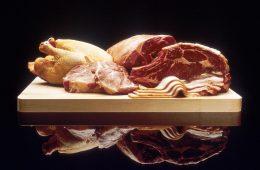 4 powody, dla których warto jeść mniej mięsa