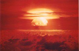"""Próba jądrowa na atolu Bikini i """"Godzilla"""" - co mają wspólnego?"""